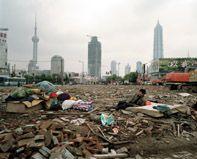 Shanghai... Où les plus hautes tours de Pudong contemple la pauvreté
